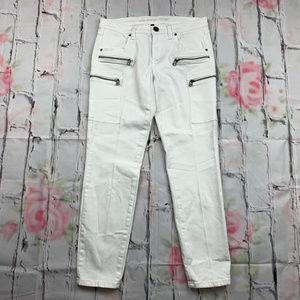 Victoria's Secret Cargo Crop skinny jeans A14
